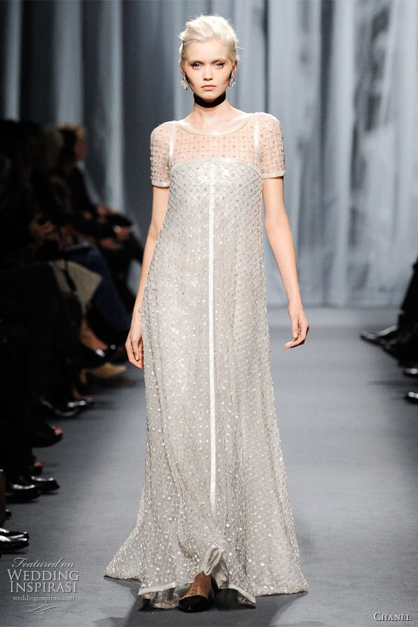 Chanel spring summer 2011 couture chanel wedding dress for Vintage summer wedding dresses