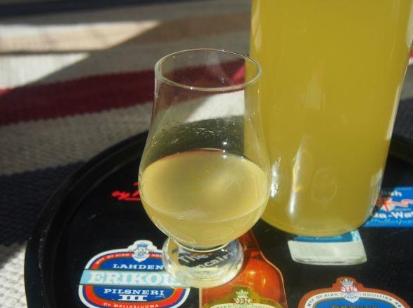 Kotitekoinen limoncello - Paahtaja