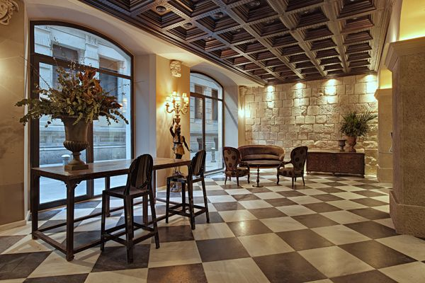 Arai Aparthotel in Barcelona.  Fantastic hotell situated in the Gothic quarter of Barcelona.  We will be back!