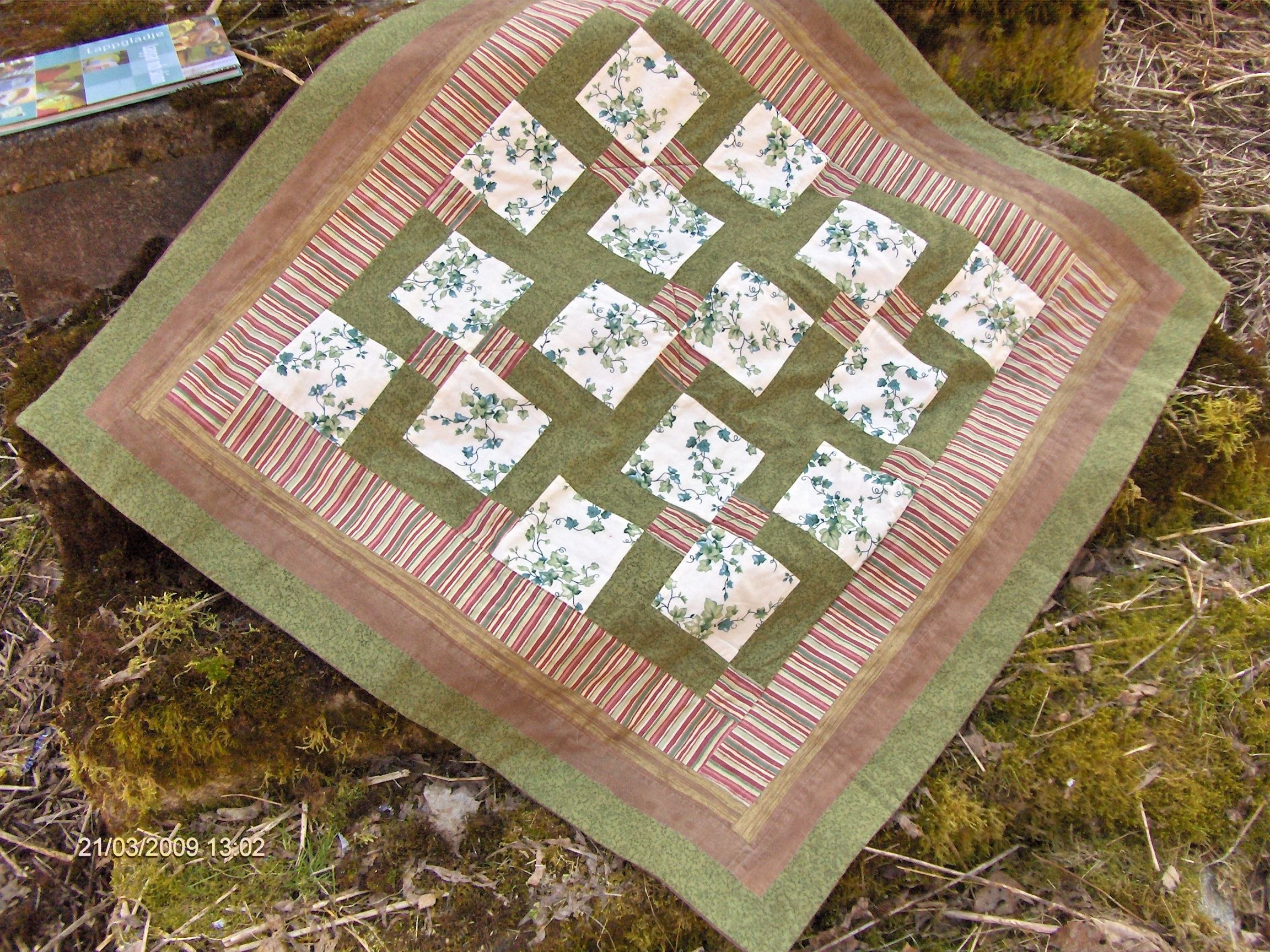Made by Carina - Quilt block - Table cloth - Disappearing 9 patch
