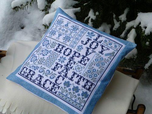 Blaues Kreuzstich Kissen