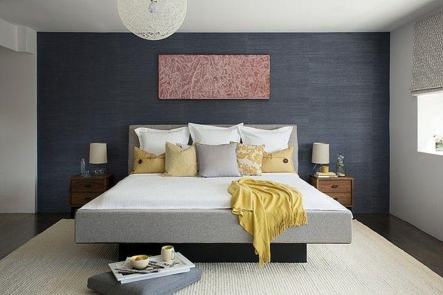 Wandgestaltung Schlafzimmer Wandfarbe Streichen Muster Ideen