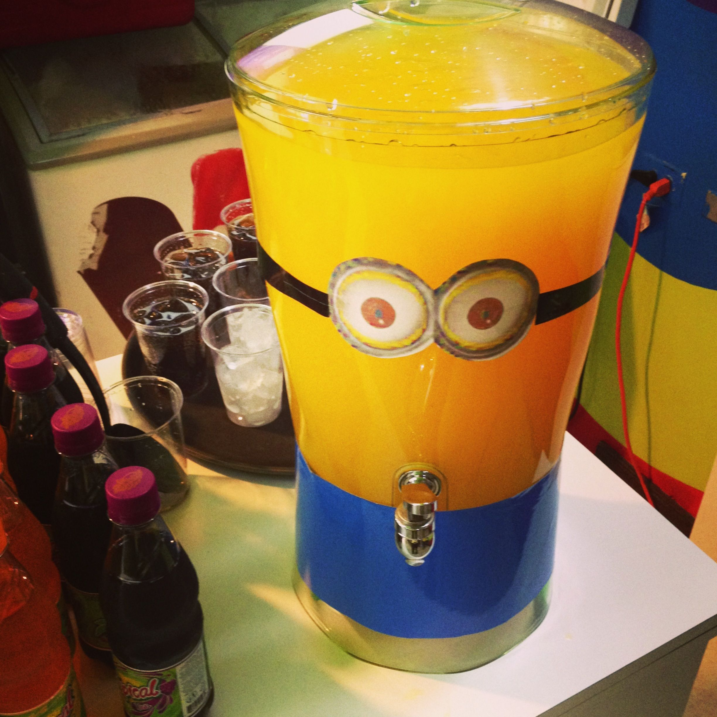 Minion party drink | Despicable Me party | Pinterest | Geburtstage