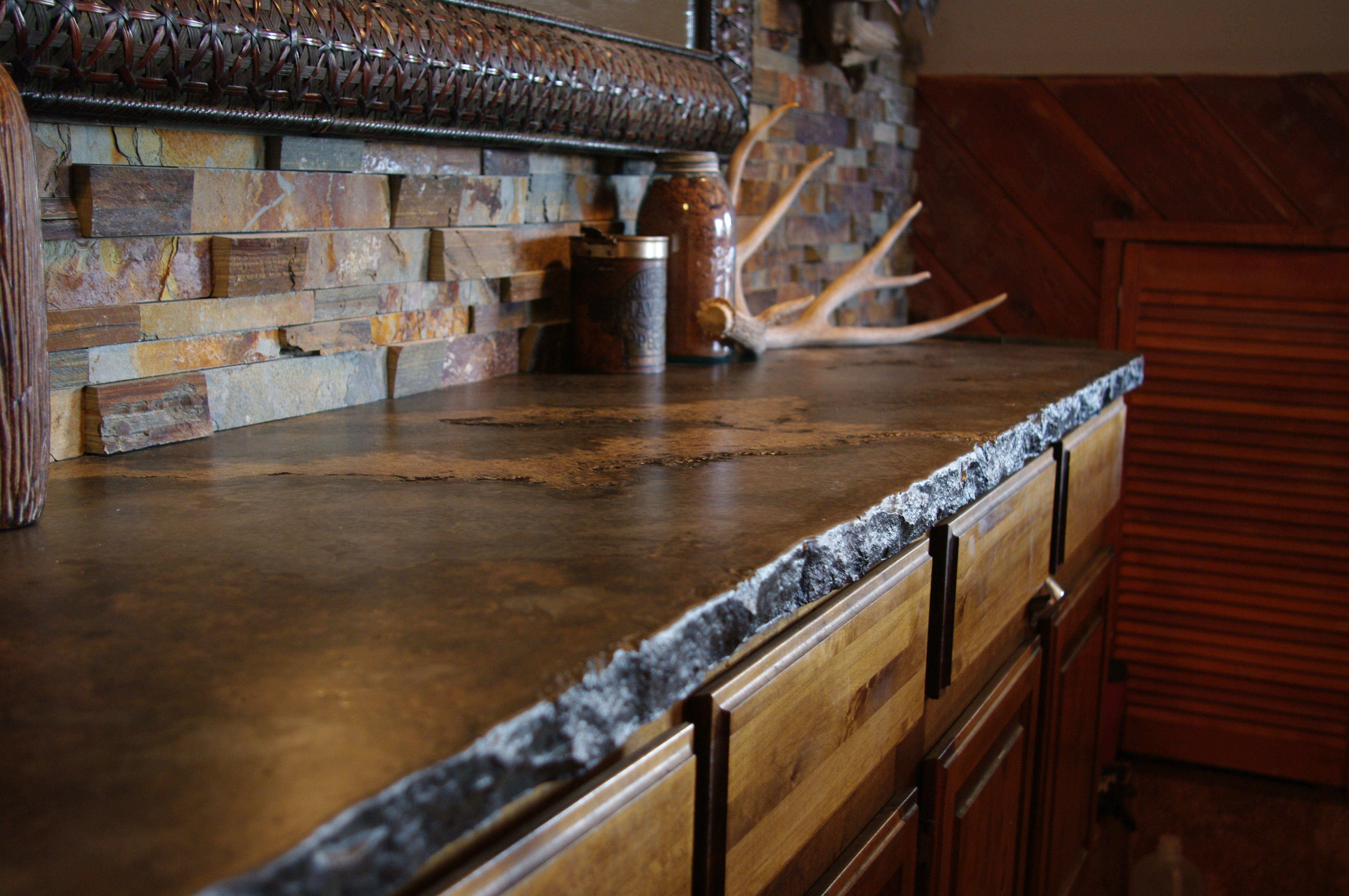Dark Rustic Cabin Countertop With Broken Flagstone Or Rock Edge Rustic Countertops Outdoor Kitchen Design Outdoor Kitchen Countertops