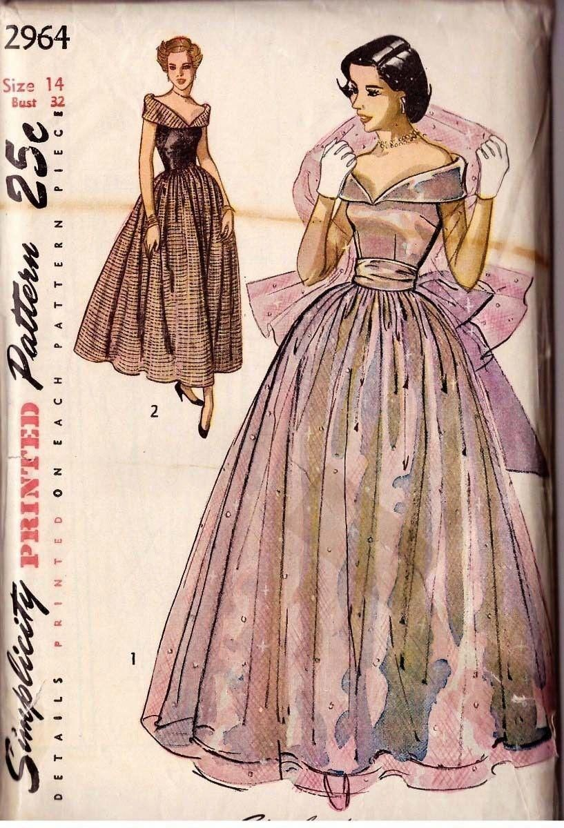 1940 S Simplicity Pattern 2964 Evening Gown Eveningcocktaildress Evening Gown Pattern Simplicity Dress Vintage Dress Patterns [ 1200 x 817 Pixel ]