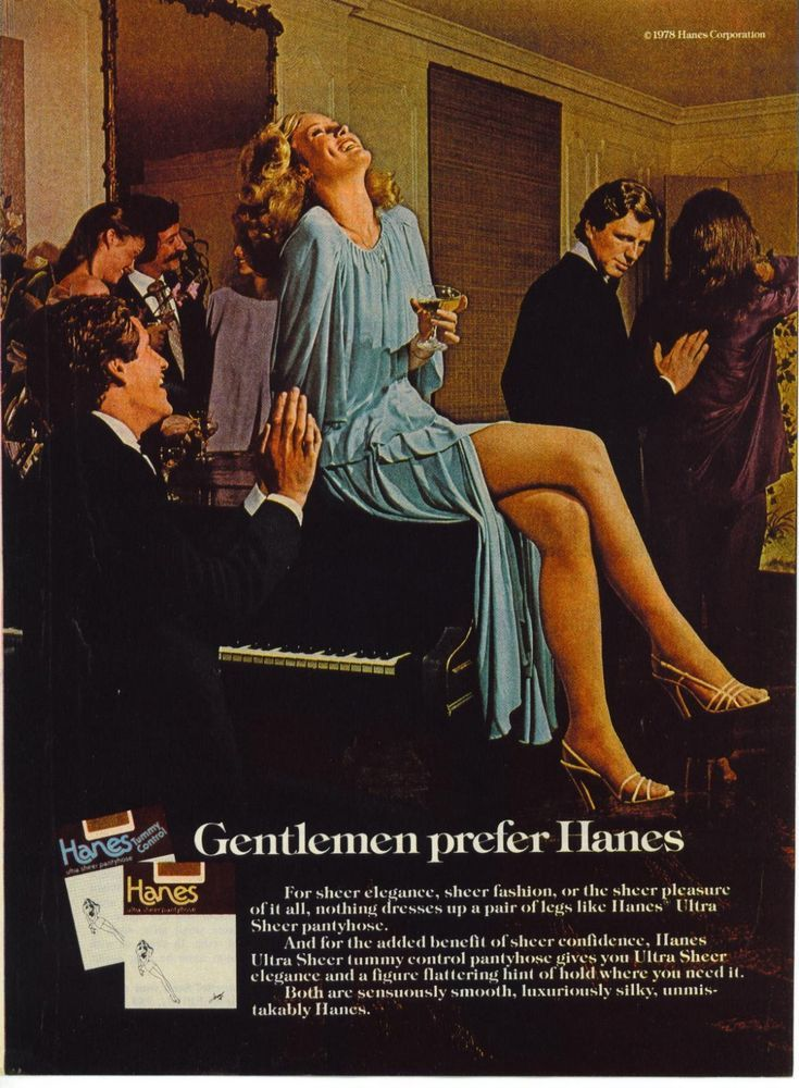 1978 AD Hanes Women's Pantyhose Legs Woman Piano Social~Original Advertising