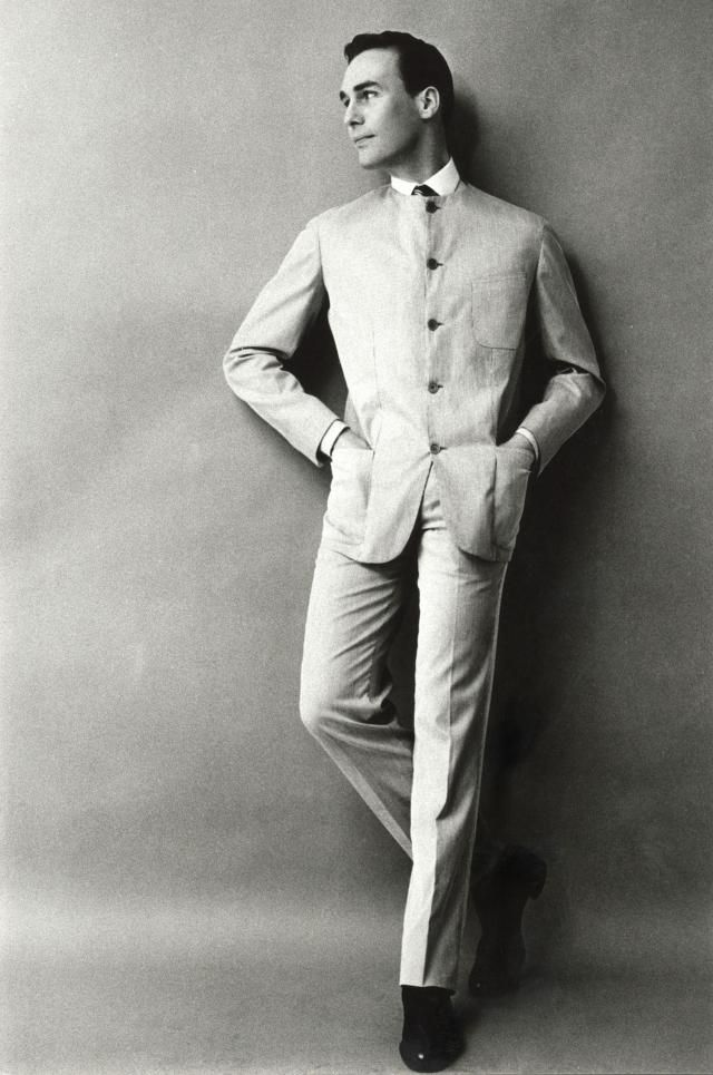 Pierre Cardin 1960 He Launches His First Men S Collection Called Cylindre Cylinder Presented Vintage Clothing Men Pierre Cardin French Fashion Designers