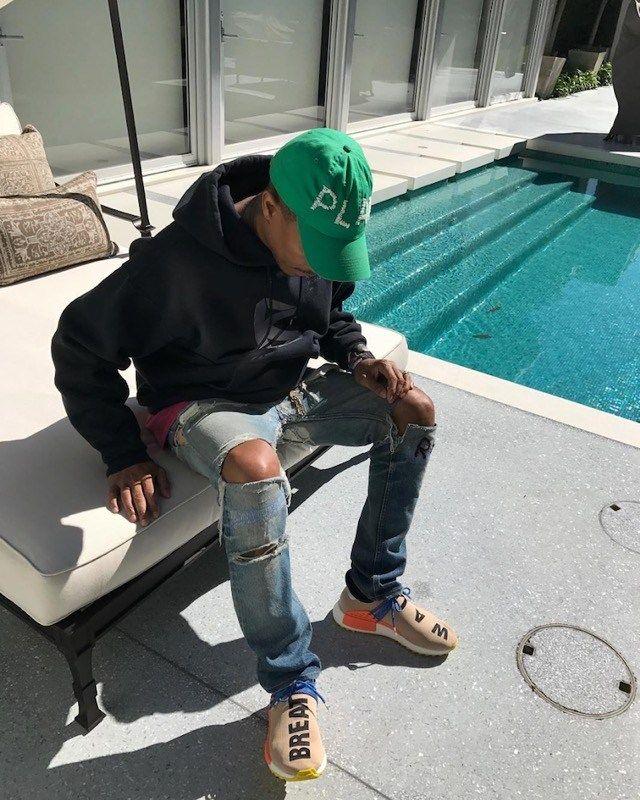 7c3f25e7c812 2017年11月発売予定 Pharrell Williams x ADIDAS NMD Human Race TRAIL