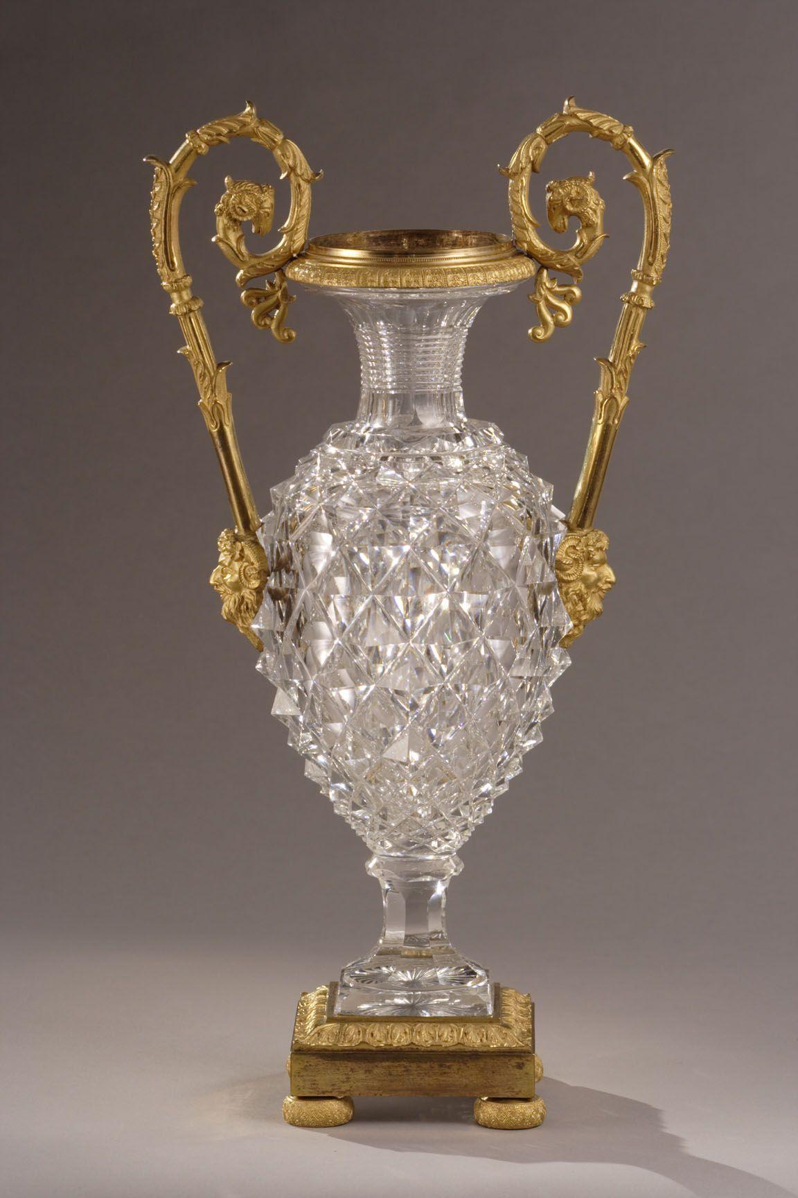 A Cut Crystal Vase 1830 Decorative Glass Crystal Vase