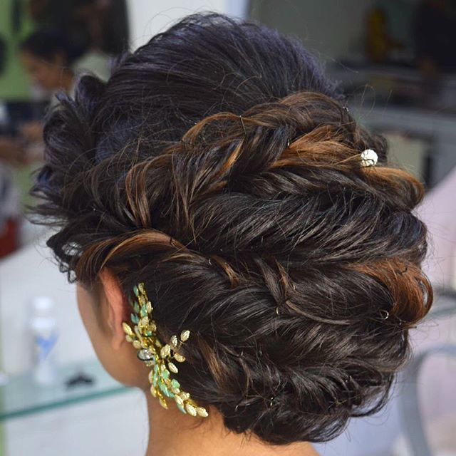 Pin On Bridal Hair Styles