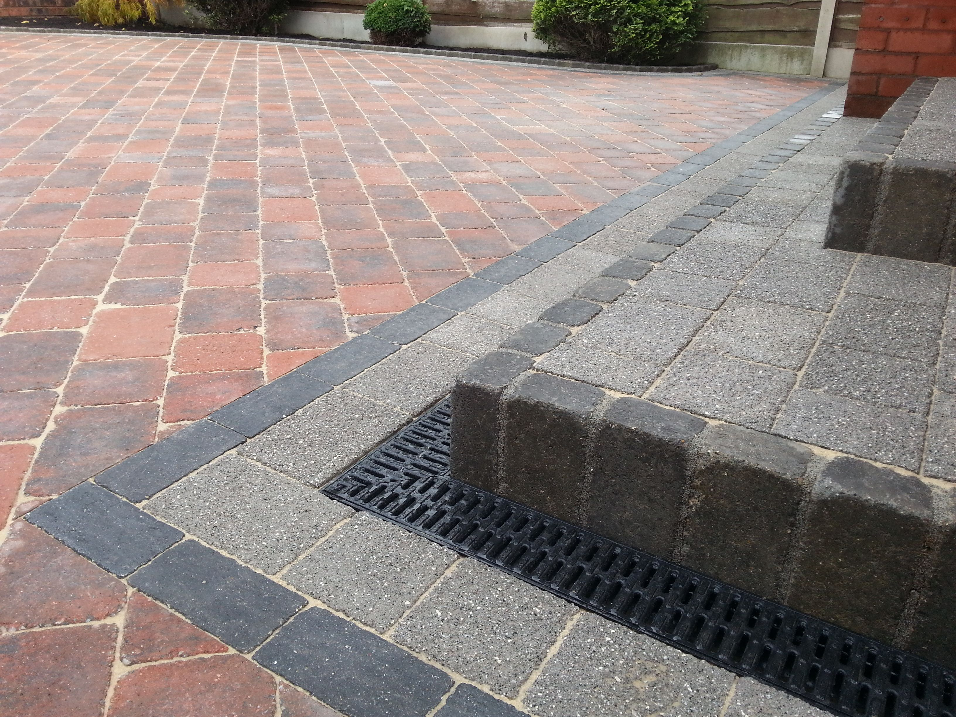 new driveway in manchester using marshalls drivesett duo. Black Bedroom Furniture Sets. Home Design Ideas