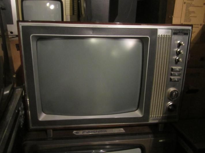 Televisor general el ctrica espa ola principios a os 70 antig edades pinterest televisor - Television anos 70 ...