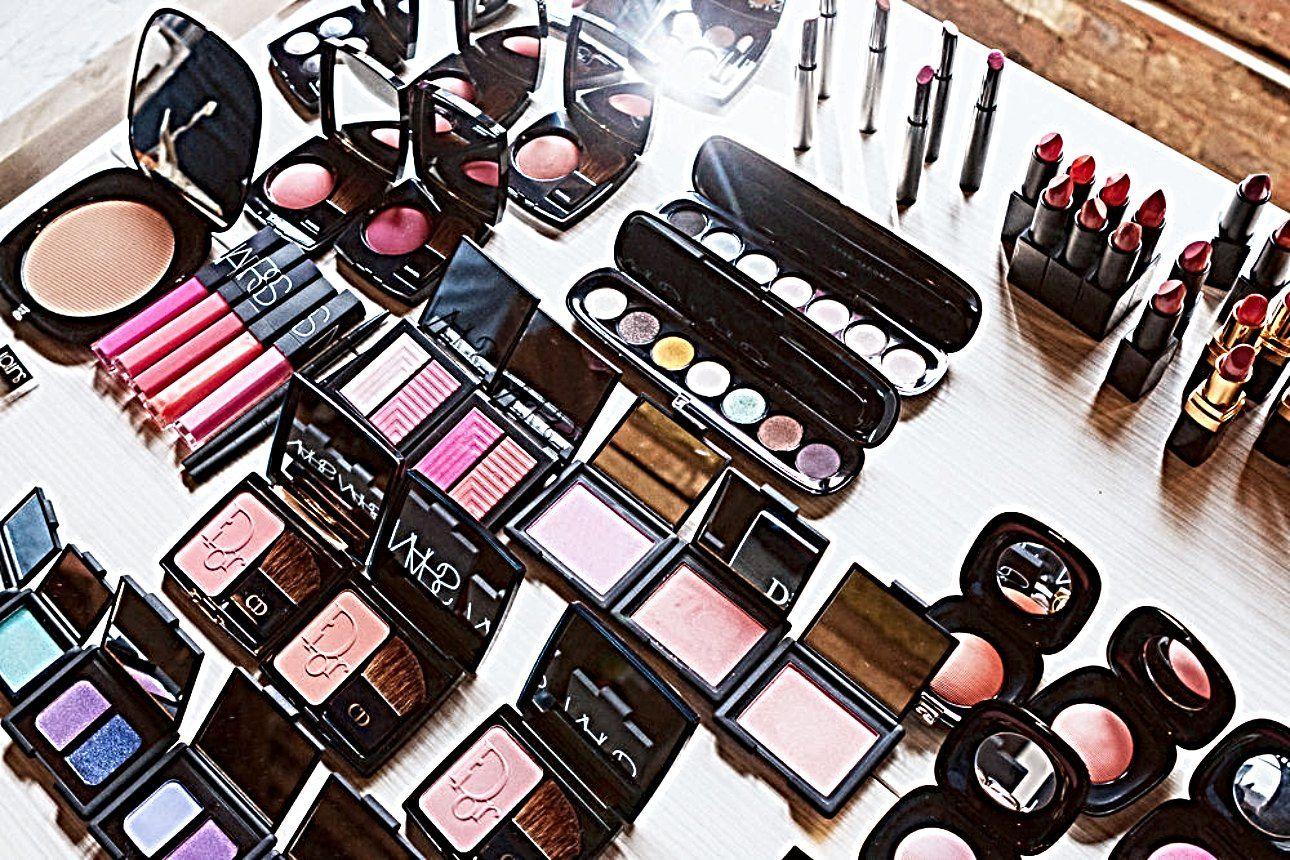 10 Most Expensive Makeup Brands Worldwide 70s makeup