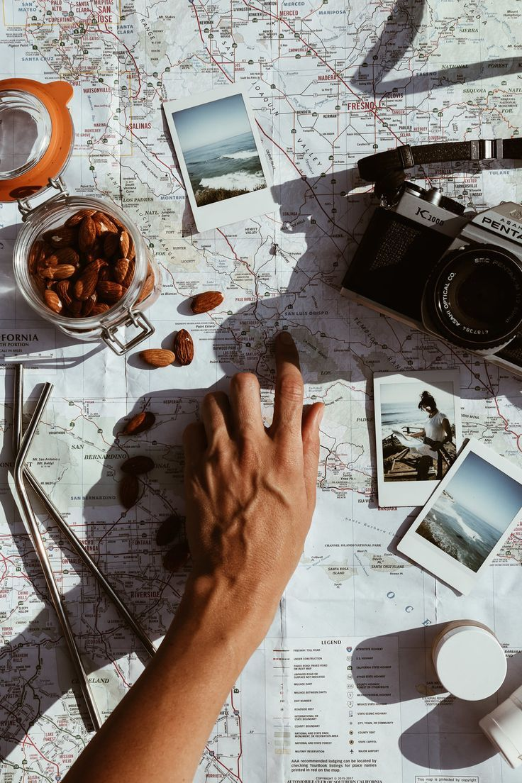 10 things to always bring on a road trip