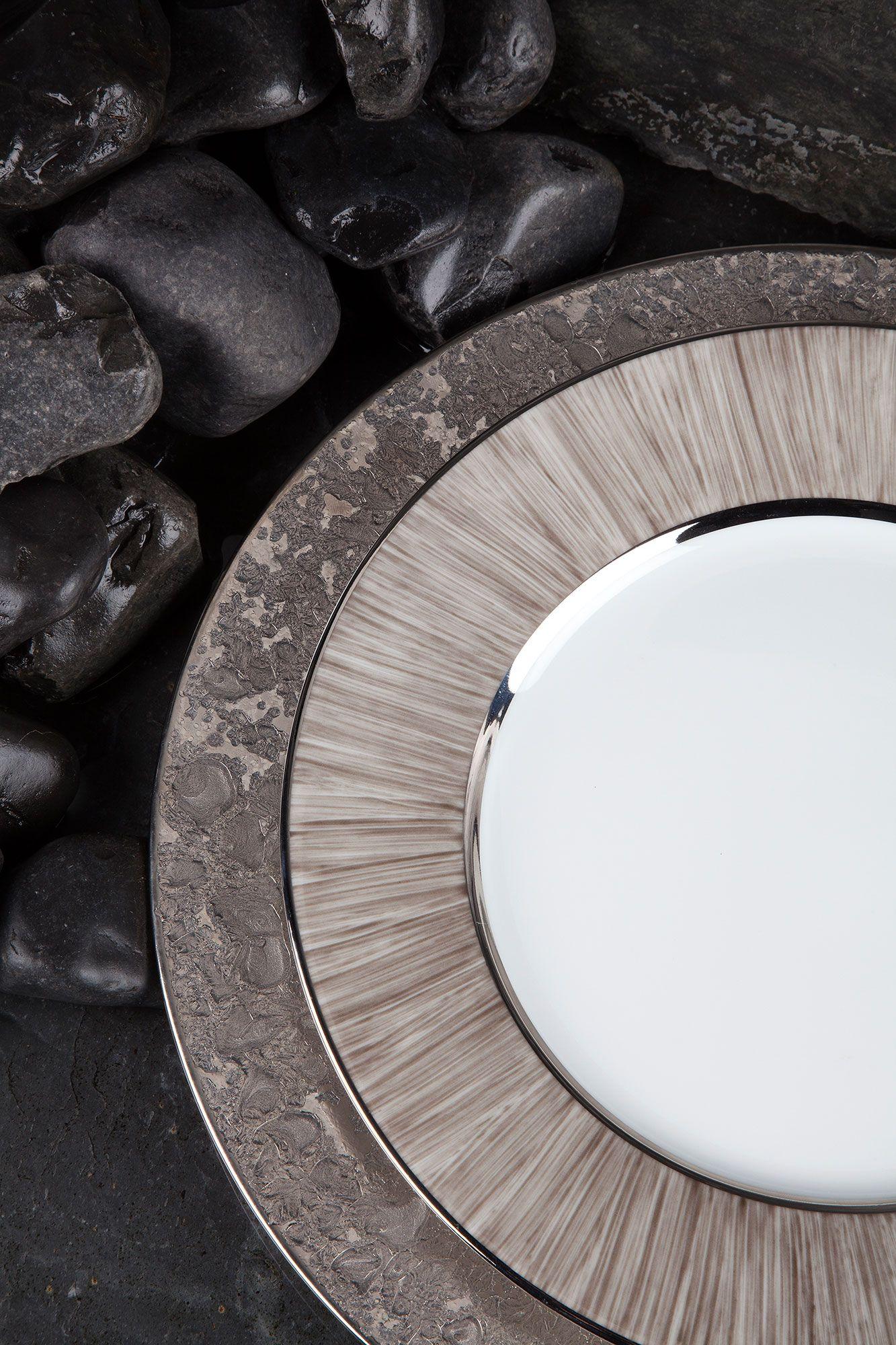 Legle Moonscape in platinum and Carbone #porcelain #tableware ...