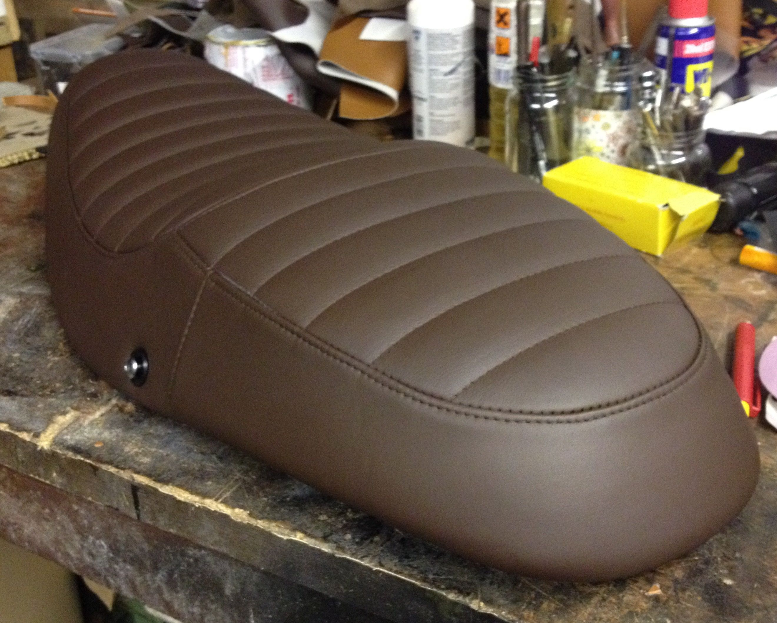 Triumph bonneville seat in leather my seats pinterest triumph triumph bonneville seat in leather fandeluxe Gallery