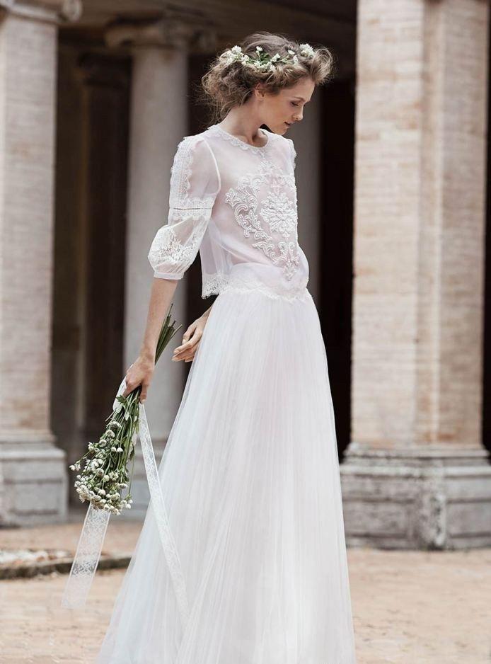 2a18b5ac2dc Классическое простое свадебное платье