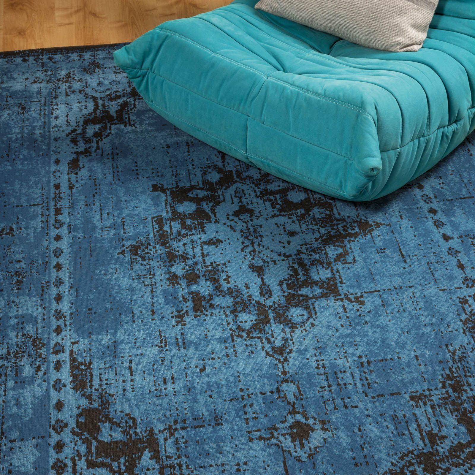 Revive Rugs Re04 In Blue120x170cm 5 7