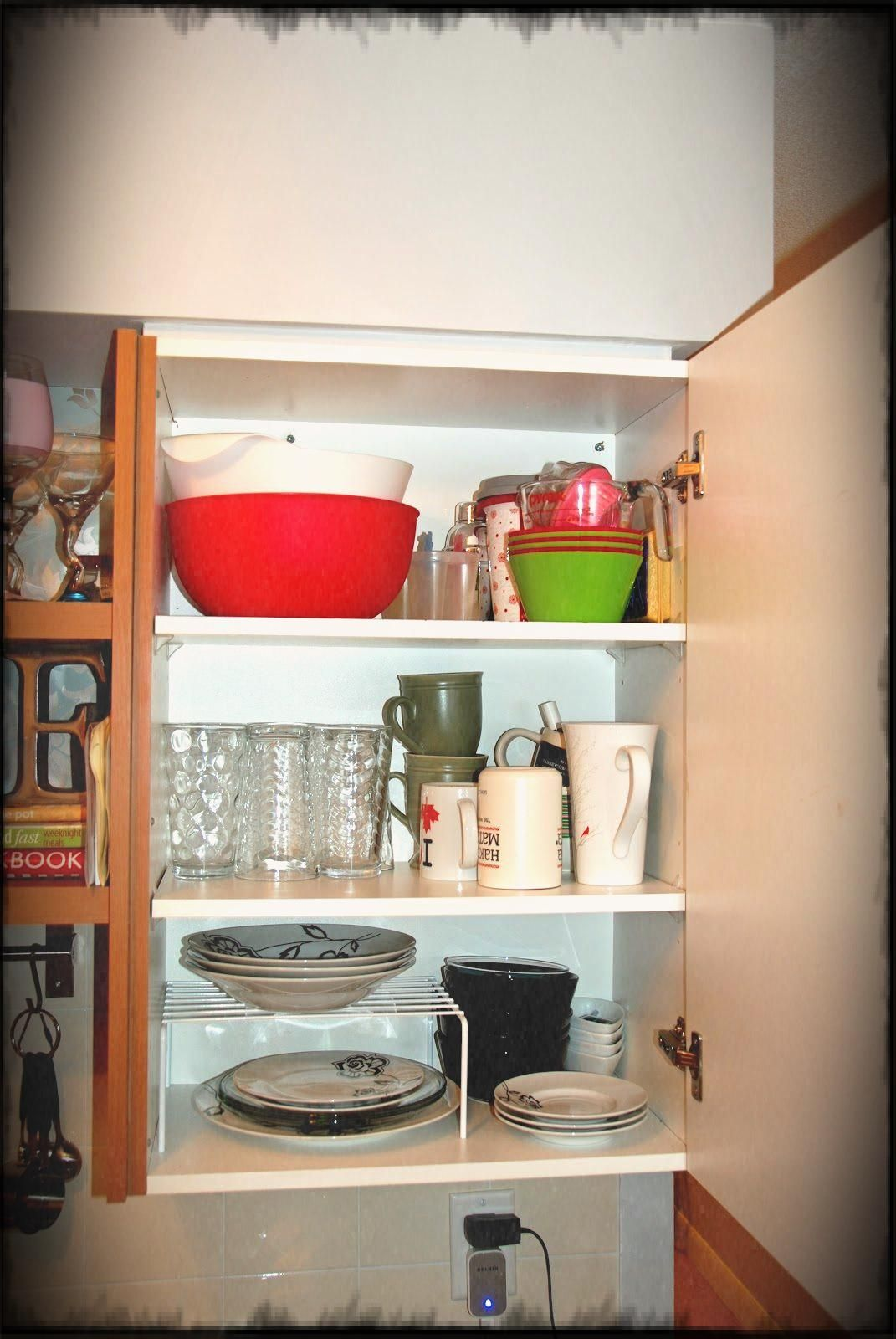 9 cheery enhancing concepts for tiny areas to earn your room feeling wider a kitchen on kitchen organization for small spaces id=32621