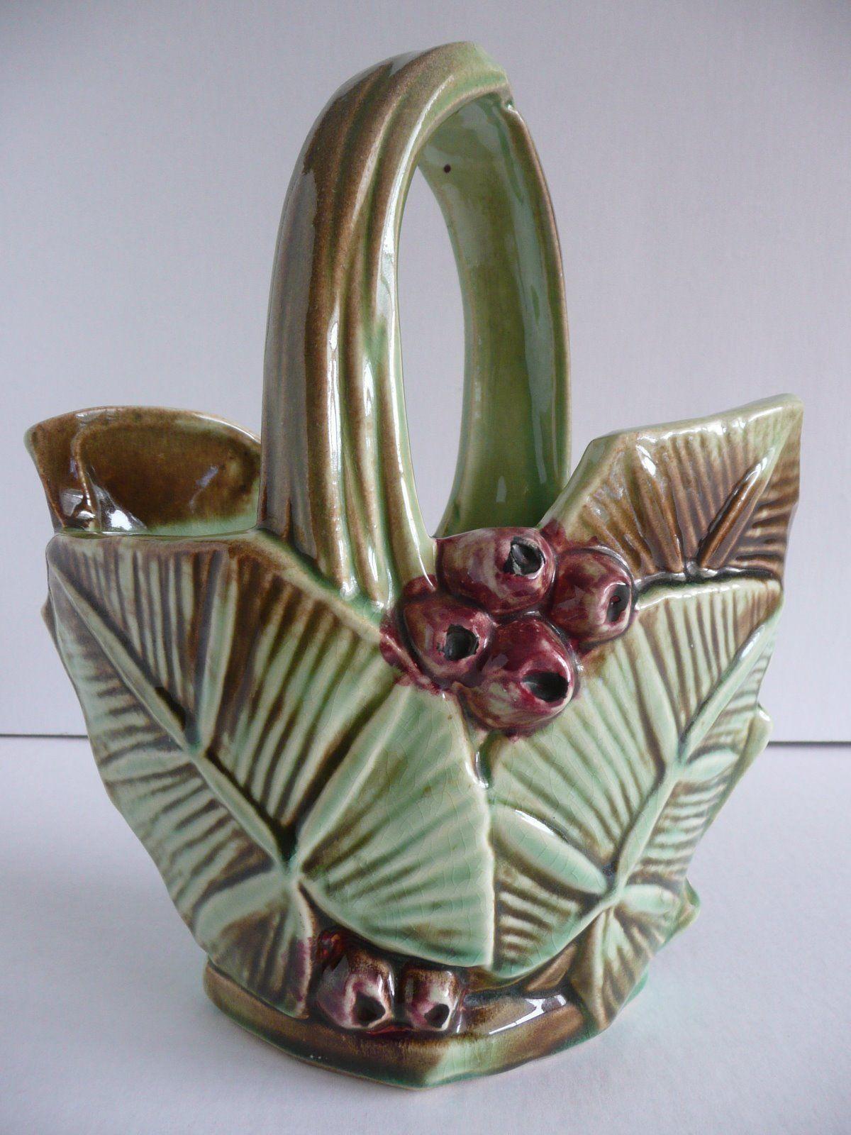 Vintage mccoy pottery greenbrown leaf red berry basket planter vintage mccoy pottery greenbrown leaf red berry basket planter handle vase picclick reviewsmspy