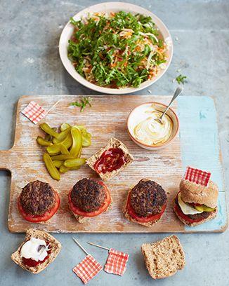 jamie olivers 15 minute meals episode 9 british burgers shred salad pickles things. Black Bedroom Furniture Sets. Home Design Ideas