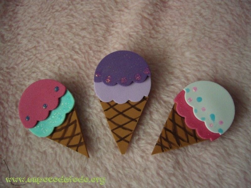 6dcbd561916 www.unpocodetodo.org - broches helados - Broches- Goma eva ...