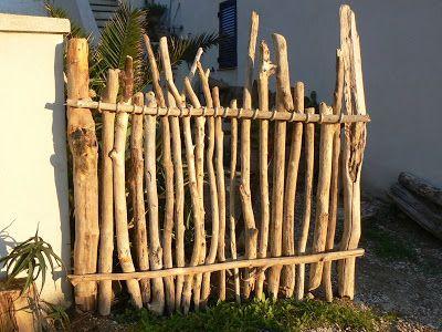 Cloture bois flotté