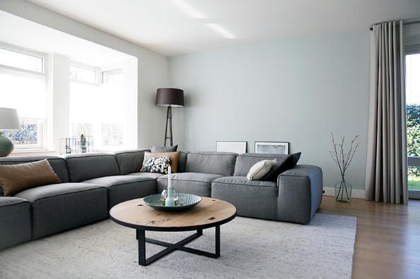 strak en landelijk interieur, woonkamer, modern landelijk ...