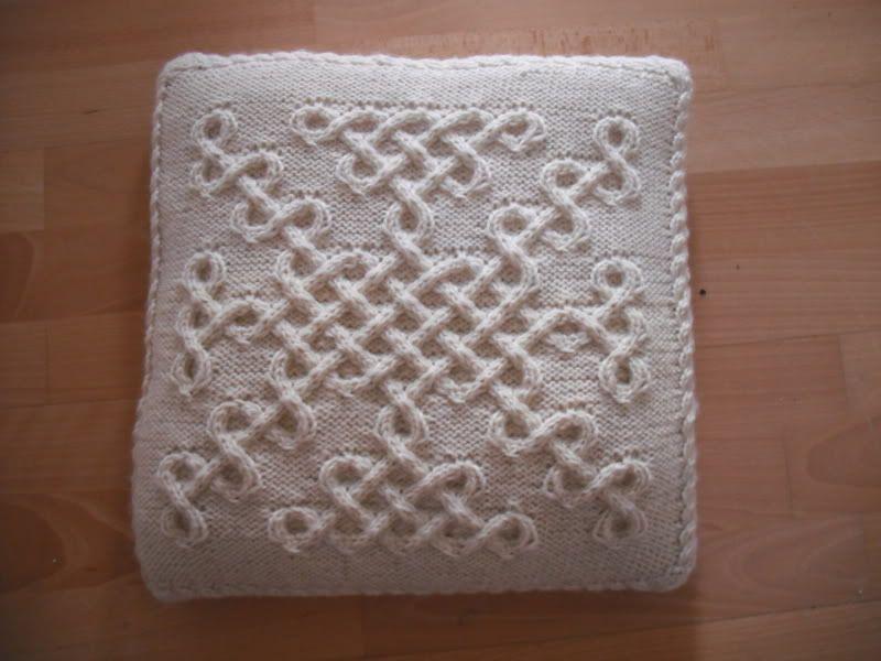 Top 5 Free Aran Jumper Knitting Patterns For Men Celtic Knots