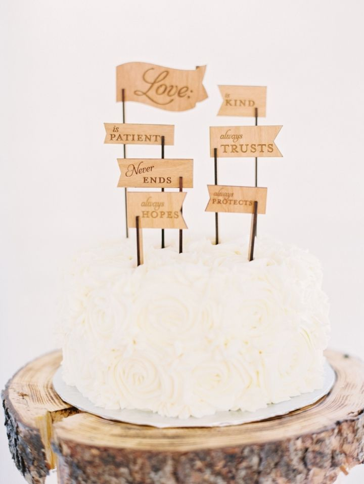 Wedding cake + unique cake toppers on wooden slice wedding cake stand #weddingcake #rusticwedding #rusticweddingcake #woodenslicecakestand #rusticelegance