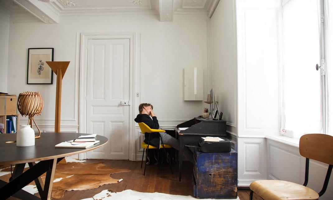 Bureau A La Maison Design : Julien and Élodie régnier jeanne 16 martin 11 years old office