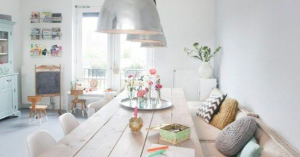 Idea about Home Office Table : Des idées pour la salle à manger - Lili in Wonderland