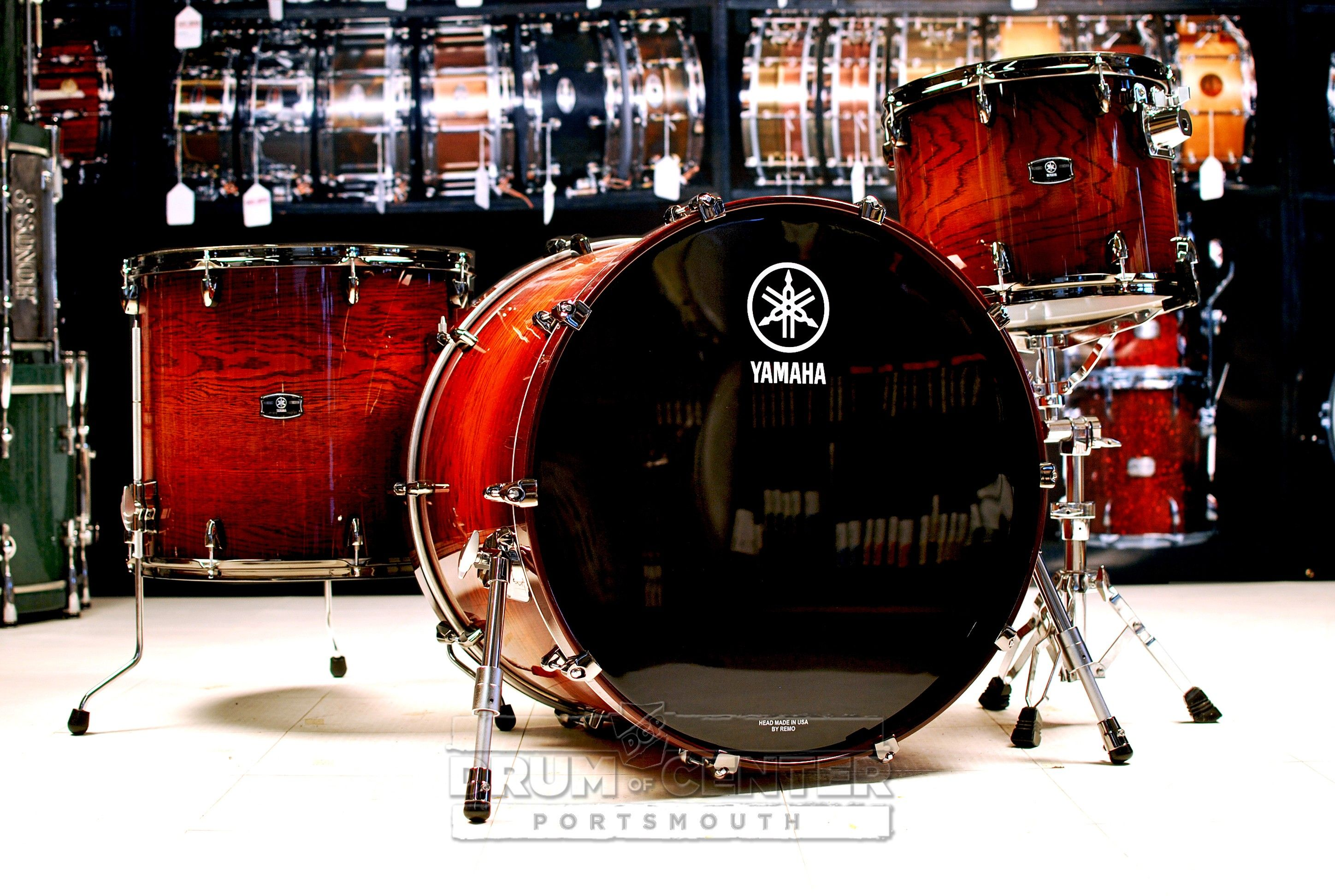 yamaha live custom 3pc drum set 24x18 bass drum 14x11 tom