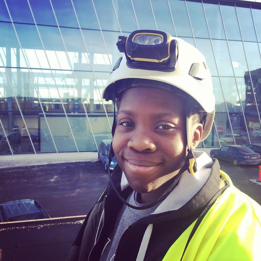 TET-harjoittelijamme pääsi tänään tutustumaan myös uuteen Länsiterminaaliin. Huikea ja valoisa terminaali valmistumassa! #länsiterminaali2 #eckeröline #eckeröfamily #työelämääntutustuminen