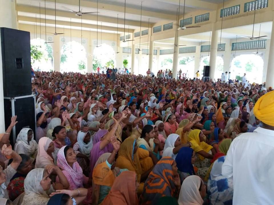 Empowered women. United Women. Progress-minded women. That's what one can see in these pictures of Istri Akali Dal District Sangrur meeting where all of them had gathered to work for continuing the progress momentum in Punjab. Congratulations to Bibi Jagir Kaur for playing a key role in the growth of Istri Akali Dal. #progressivepunjab   #akalidal