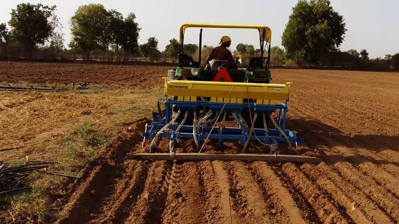 Peenut Wheat Soyabin Maize Sowing Seed Drill Maize Seeds
