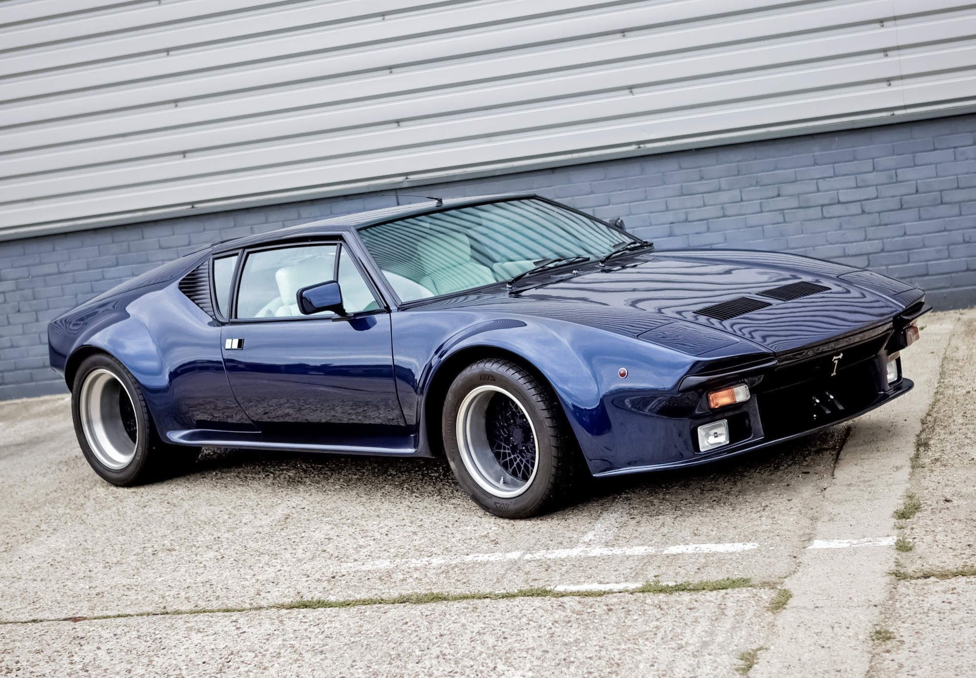 The 10 Greatest Supercars Of The 1970s Super Cars Cool Cars Classic Sports Cars