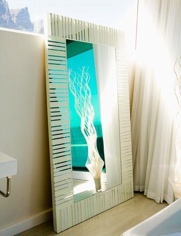 Cambiar el espejo del cuarto de baño   Espejos para baños, Espejo y ...