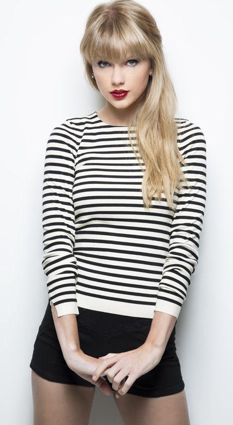 Taylor Swift. Esquire. November 2012.