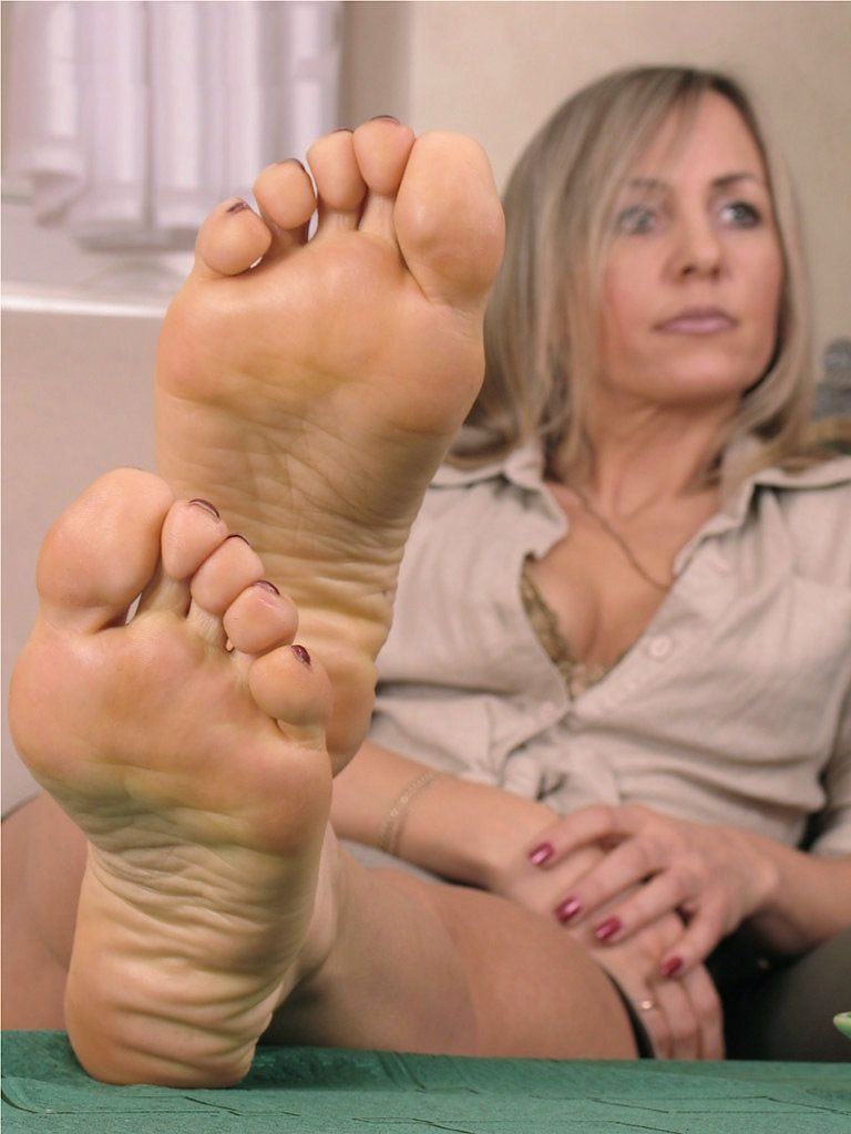 Sexy Mature Feet Pictures