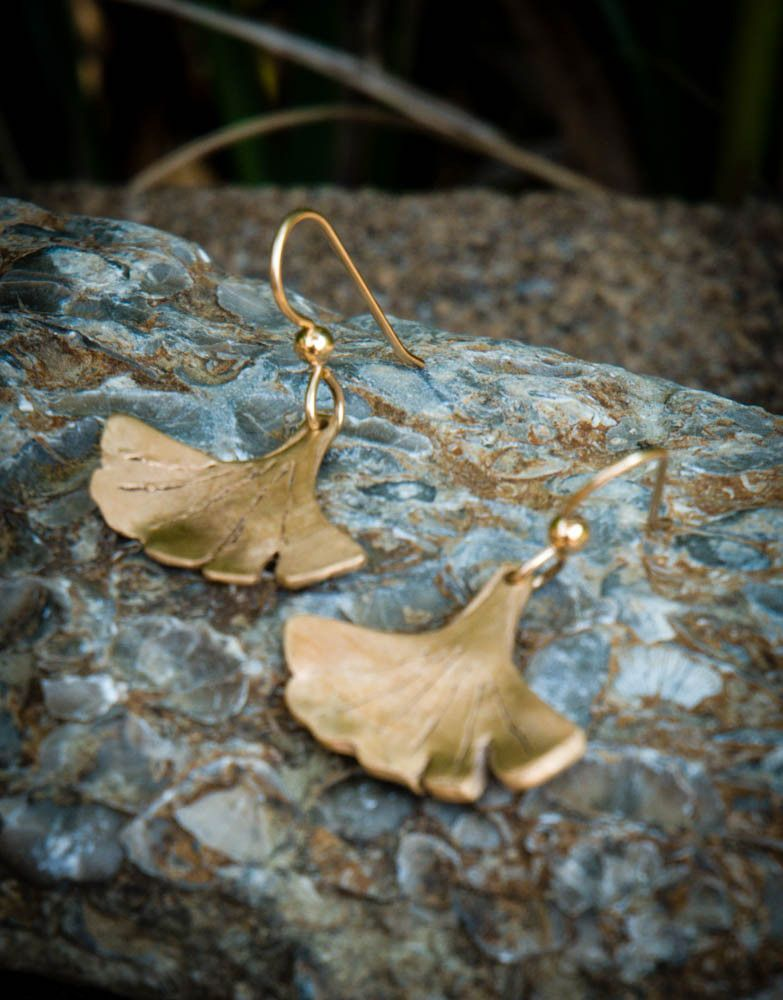 Handcrafted out of bronze with a goldfilled earwire