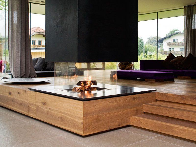 Modernes Lagerfeuer: Der Design-Kamin als Zentrum des Wohnbereichs. #hausinterieurs