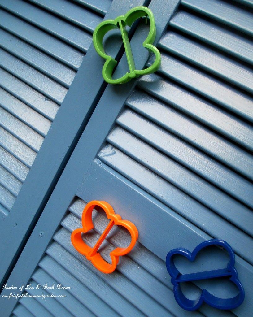 Cookie Cutter Fence Accents ~ Kitschy Kitchen Garden Accents ...
