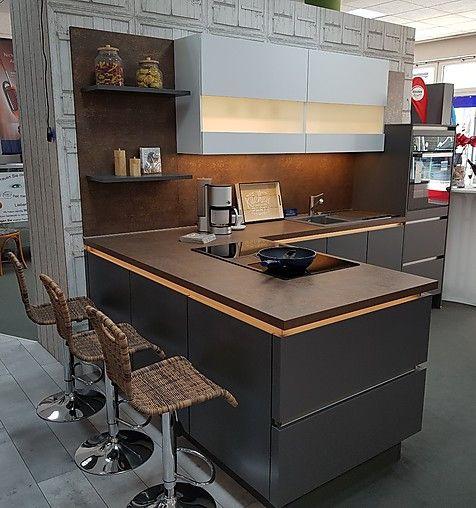 Touch Lacklaminat Schiefergrau Supermatt Moderne Insel Kuche Mit Muldenlufter Wohnung Kuche Nobilia Kuchen