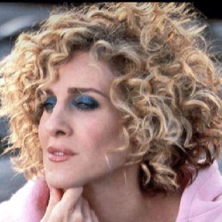 Carrie Bradshaw Season 5 Hair Hair Styles Carrie Bradshaw Hair Curly Hair Styles
