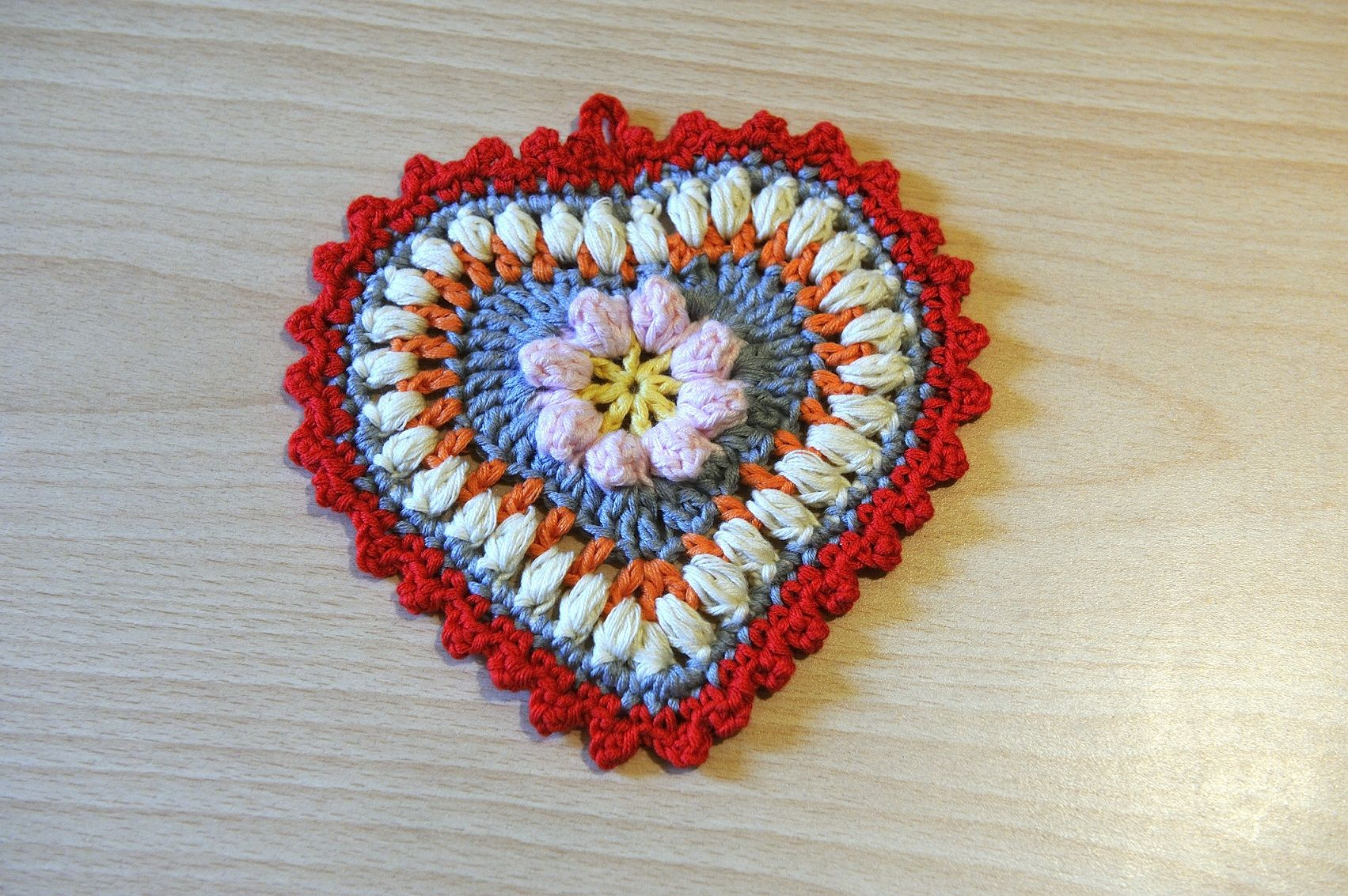 Crochet Heart potholder Presina a forma di cuore all\'uncinetto Free ...
