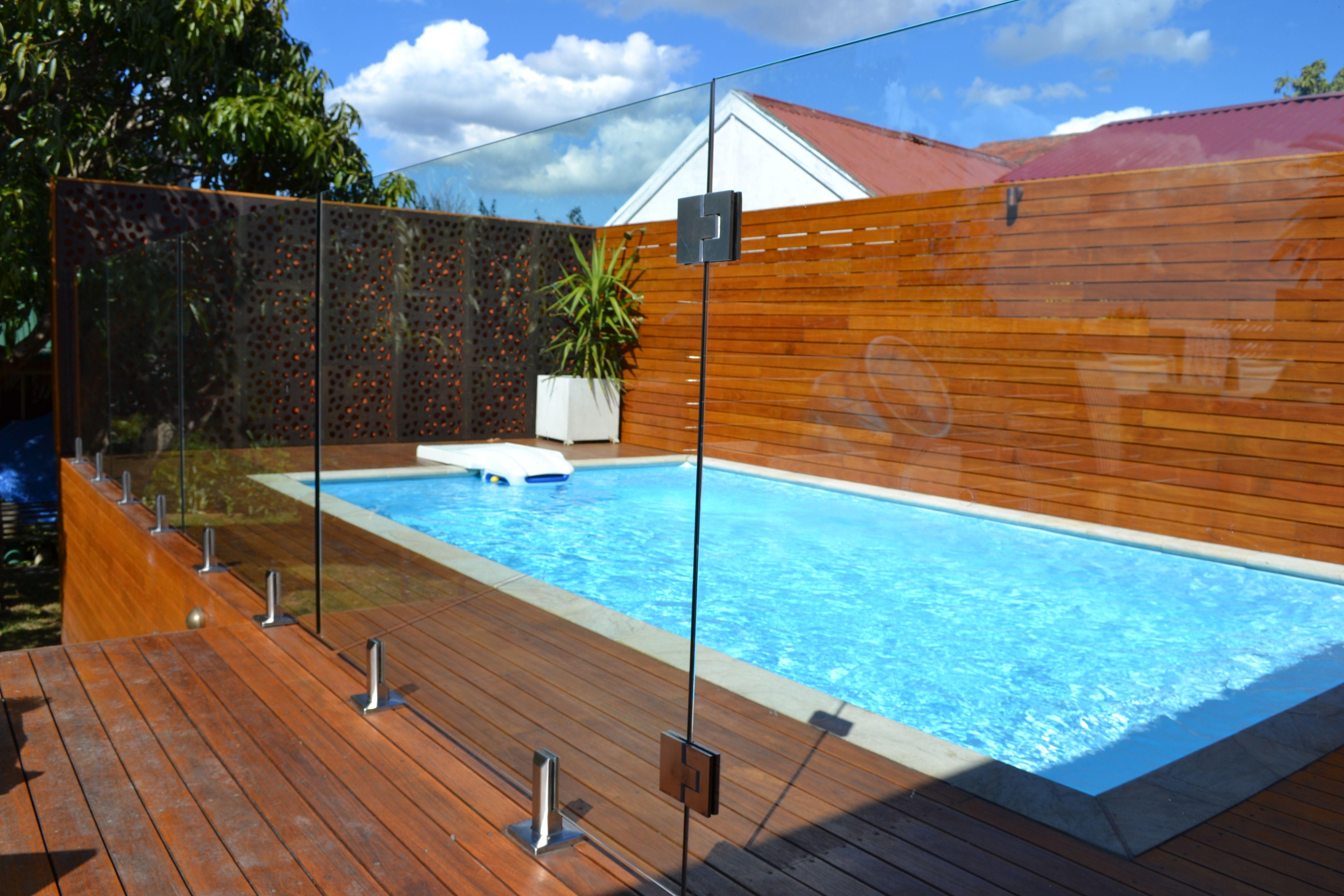 Cerca Barreira De Vidro Para Piscinas E Jardins In 2019