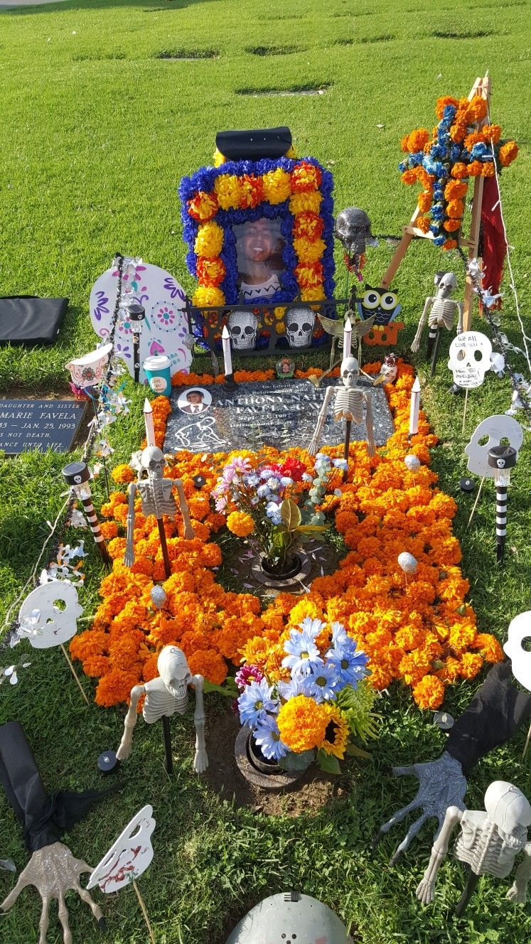 Pin By Jamie Lujan On Decoration Ideas For Graves Grave