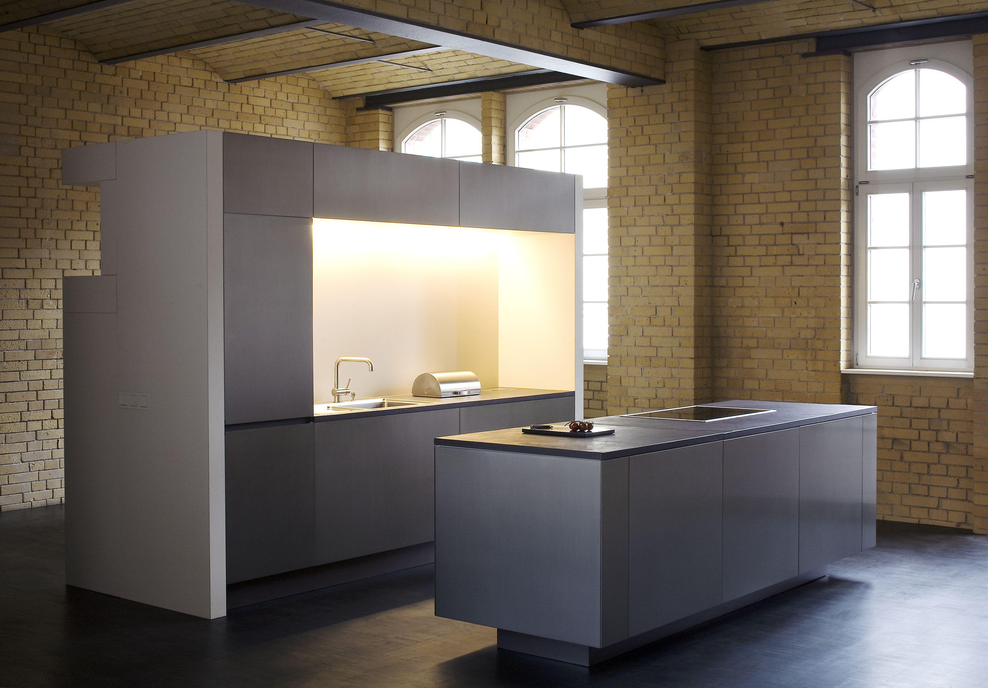 individuell angefertigte offene Küche