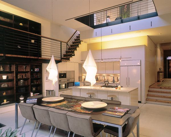 A Parking Garage Becomes A Nyc Townhouse With Drama Townhouse Interior Townhouse House Design